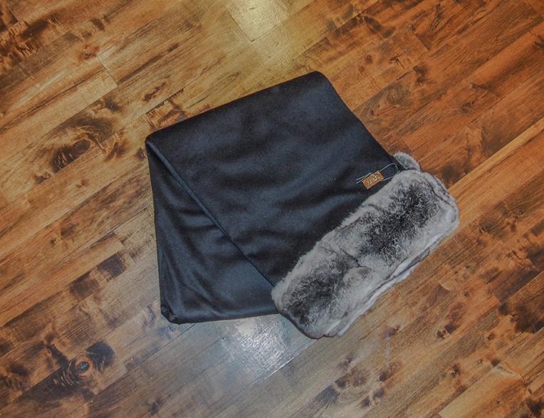 Fendi Casa 100% cashmere wool with chinchilla trim and Fendi name plaque.