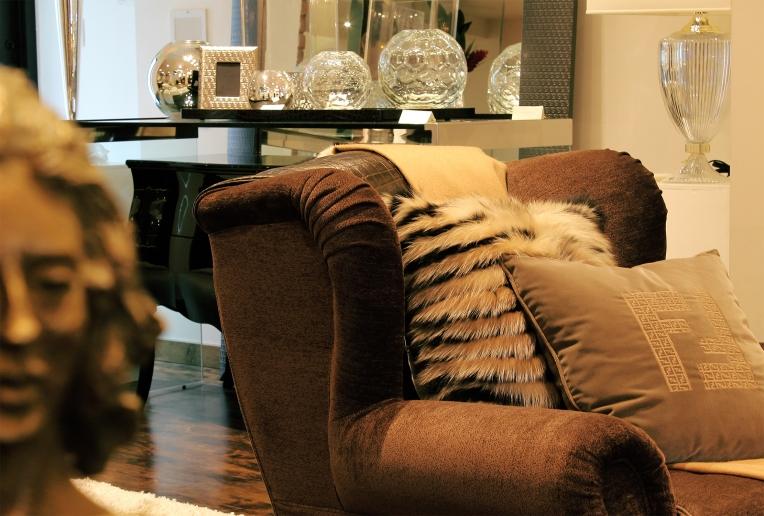 fendi armchair200