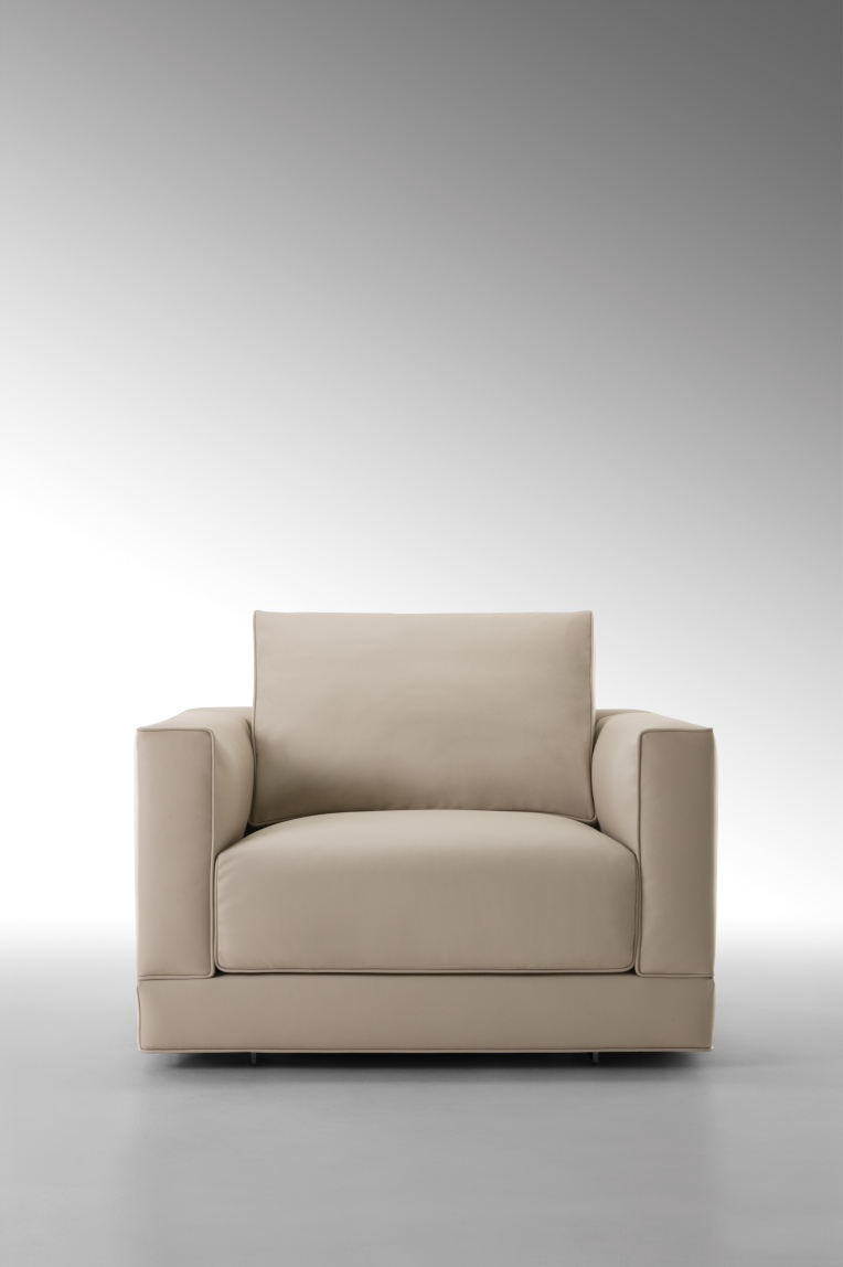 FF Sloane armchair front